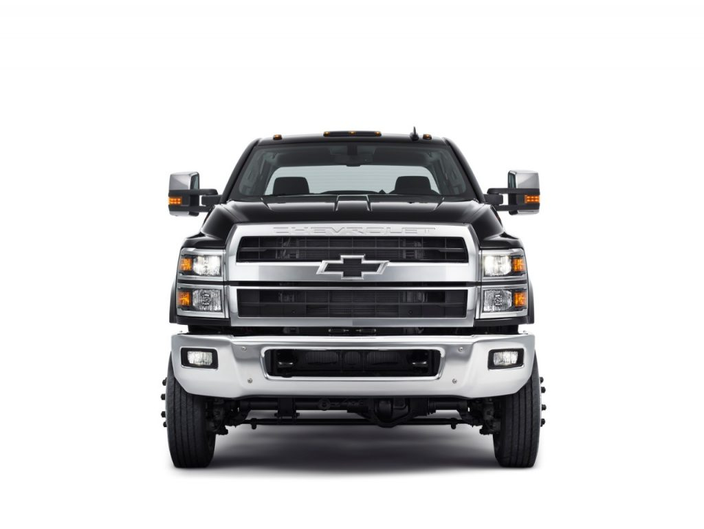 Front end view of 2019 Silverado 4500HD, 5500HD and 6500HD