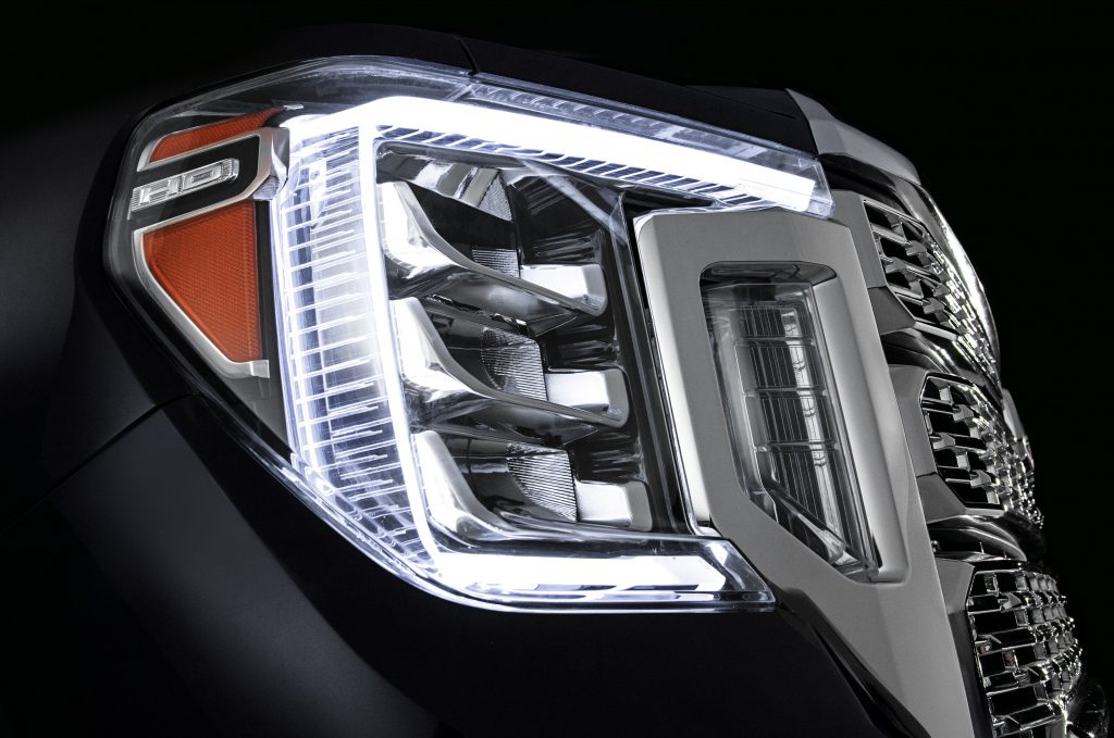 2020 GMC Sierra HD Headlights