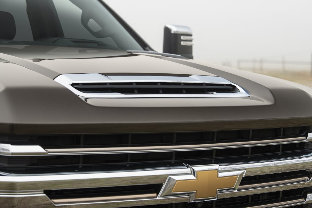 2020 Chevrolet SIlverado HD Hood Scoop