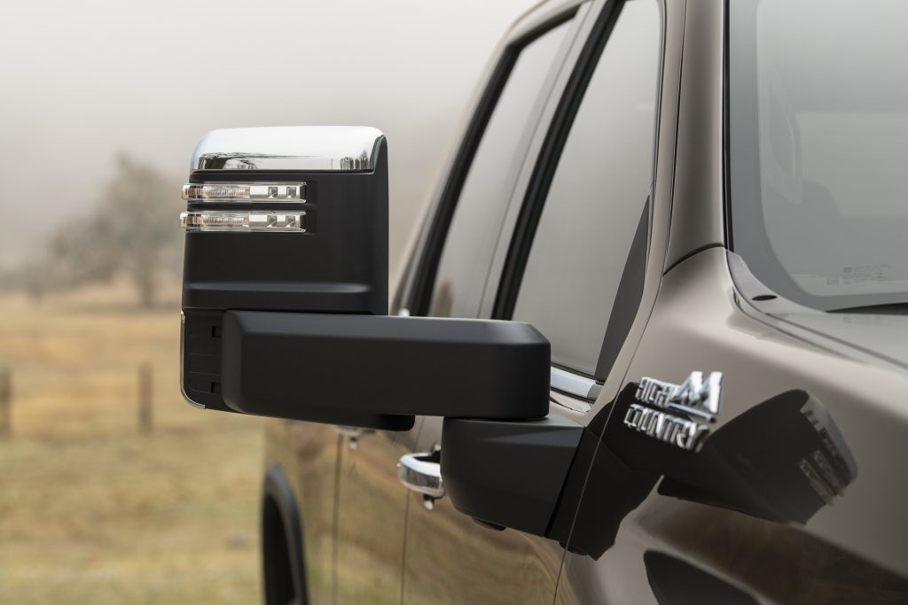 2020 Chevrolet Silverado HD Mirror